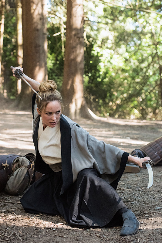 "DC's Legends of Tomorrow --""Shogun""-- Image LGN203b_0337.jpg -- Pictured: Caity Lotz as Sara Lance/White Canary -- Photo: Dean Buscher/The CW -- © 2016 The CW Network, LLC. All Rights Reserved."