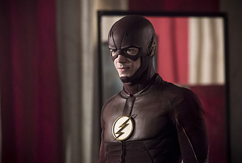 "The Flash -- ""The New Rouges"" -- Image FLA304b_0027b.jpg -- Pictured: Grant Gustin as The Flash -- Photo: Katie Yu/The CW -- © 2016 The CW Network, LLC. All rights reserved."